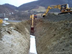 Realizzazione drenaggio per consolidamento frana a Castelnovo ne' Monti, Reggio Emilia.