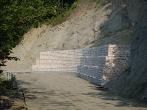 Gabbione prefabbricato presso Passo Vo- Carpineti