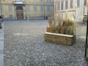 Realizzazione panchine per arredo urbano con gabbioni prefabbricati presso Spazio Gerra a Reggio Emilia